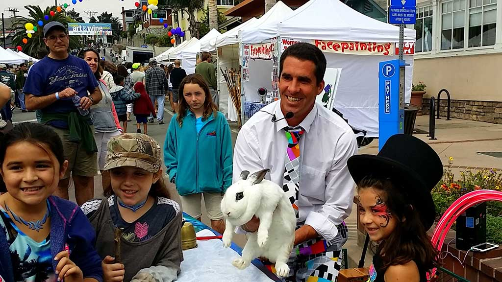 Magician with bunny and kids - Entertainment Capitola CA